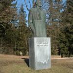 Batičev spomenik Lovru Kuharju